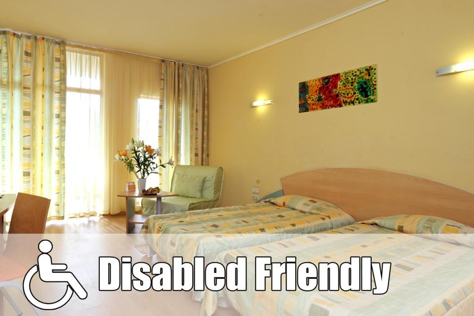 May_2018_1440x960_disabled_room.jpg